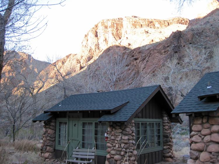 cabin_outside1